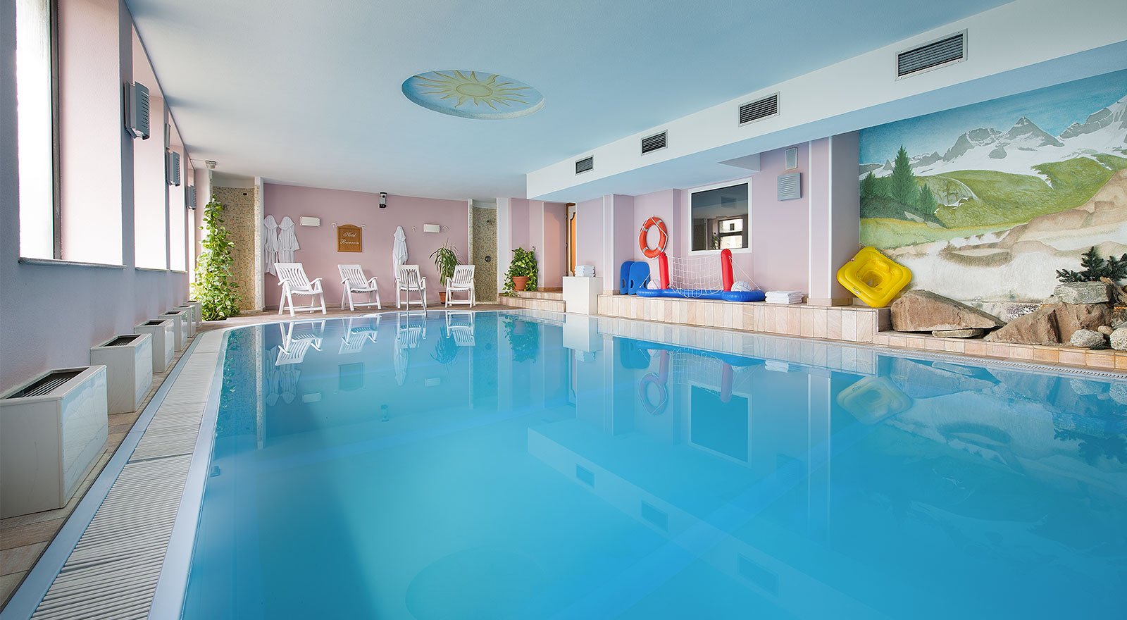 Hotel bucaneve livigno - Hotel con piscina coperta per bambini ...
